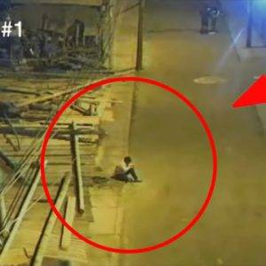 Every night this boy was sitting under a street lamp. The reason amazed the police