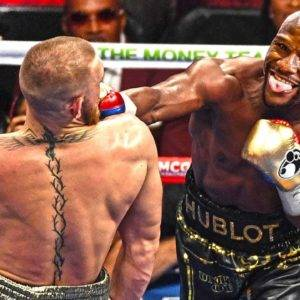When Floyd Mayweather Destroyed His Opponent!